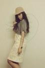 Crop-top-vintage-t-shirt-vintage-hat-print-vintage-skirt