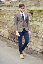 XAGON MAN jeans - Williams blazer - Burberry shirt - Brooksfield tie