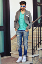 Bershka t-shirt - nike shoes - ANTONY MORTATO jeans - Matt Davis blazer