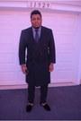 Velvet-slipper-del-toro-shoes-burberry-coat-zara-shirt