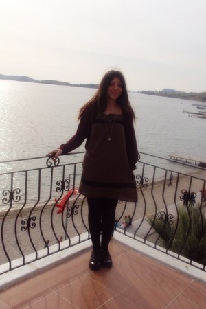 Oxs boots - handmade dress - LTB cardigan - Oysho necklace