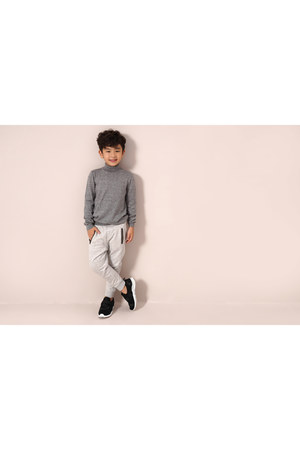 light pink CANIFA sweatshirt - heather gray CANIFA sweatshirt