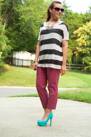 Jessica Simpson heels - Forever 21 sweater - JCrew pants - piperlime necklace