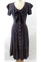 everyday vintage dress