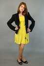 Black-a-list-blazer-yellow-papaya-dress-black-jessica-simpson-shoes