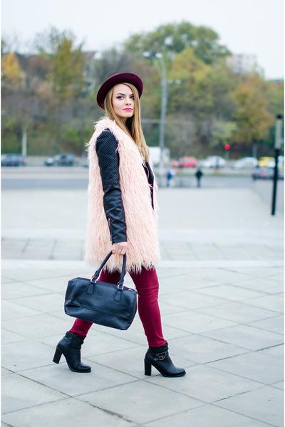 maroon new look hat - black Pull and Bear jacket - light pink Stradivarius shirt