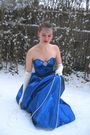 Blue-vintage-dress-white-vintage-gloves-white-vintage-necklace-blue-vintag