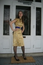 Miss Ruths Time Bomb dress - rummage sale belt - Thrifted Jessica Simpson shoes