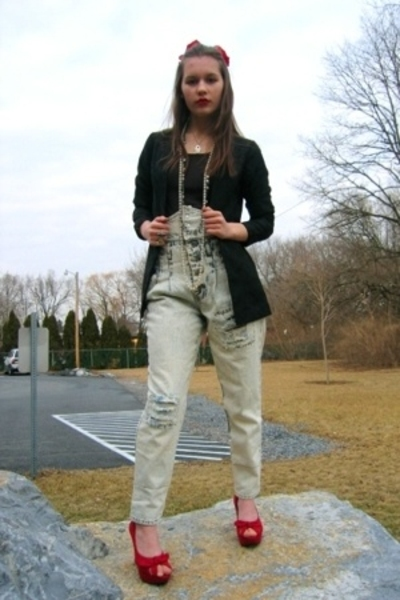 Salvation Army jeans - top - blazer - Forever21 shoes - necklace - hat