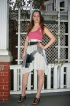 Styles Boutique skirt - Old Navy top - thrifted shoes - Salvation Army belt - Fa