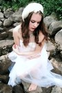 White-slip-vintage-dress-white-feather-vintage-hat-white-tulle-vintage-scarf