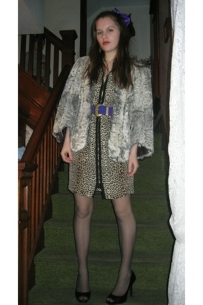 Styles Boutique dress - Miss Ruths Time Bomb coat - Thrifted Jessica Simpson sho