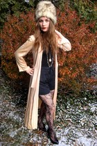 peach vintage cardigan - black shorts - black Betsey Johnson tights - black Fore