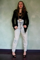 Salvation Army jeans - Miss Erika top - textured sweater - Jessica Simpson shoes