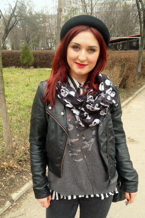 H&M hat - Bershka jacket - GINA TRICOT scarf - George blouse