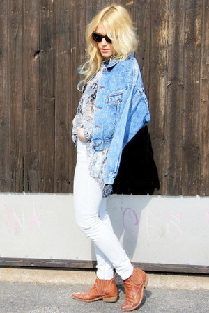 tawny vintage boots - sky blue denim vintage jacket