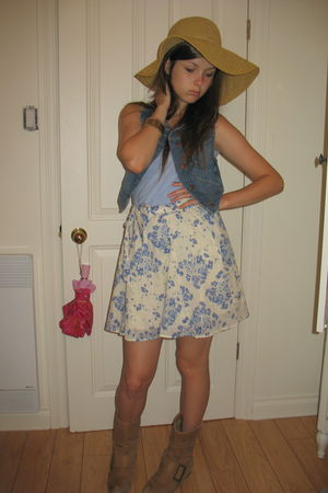 beige hat - blue vest - white Guess skirt - blue shirt - beige Chinese Laundry b