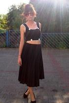 black Zone Bleue Paris top - black second hand skirt