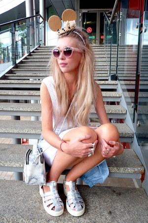 white second hand dress - camel Cloudy Jo DIY hat - white Parfois bag