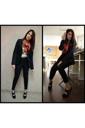 Zara pants - Zara blazer - Zara blouse - Grandmas Foulard scarf