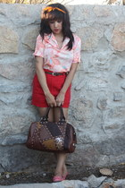light pink vintage Buffalo Exchange blouse - brown tote nicole lee purse