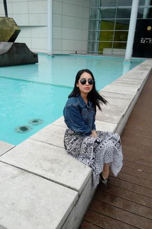 American Eagle jacket - Forever 21 leggings - ray-ban sunglasses