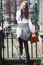 vintage boots - Primark shirt - vintage scarf - vintage bag - vintage skirt