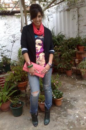 Topshopop t-shirt - MINE scarf - green coast jeans - Zara blazer - barrats boots