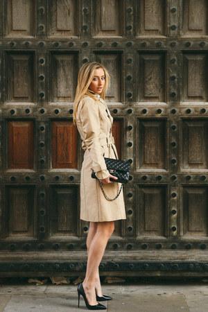 tan trench coat Zara coat - eggshell silk Hermes scarf