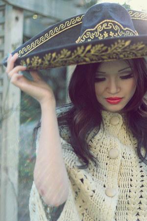 eggshell knit poncho vintage cape - black mariachi misc hat