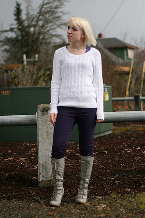 white cable knit faded glory sweater - heather gray knee high Bamboo boots