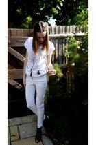 white skinny H&M jeans - oversized Kimbra t-shirt