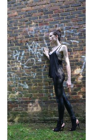 black black latex Aldo leggings - black black new look heels - black Bershka top