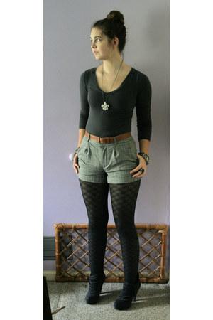 wild diva boots - Forever21 shirt - Forever21 shorts