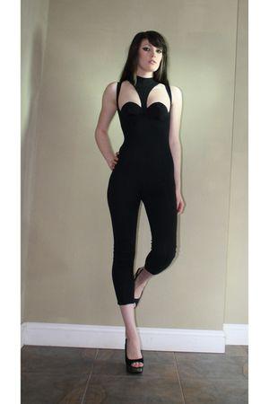 black Contempo dress