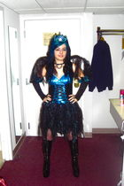 blue dress - black boots