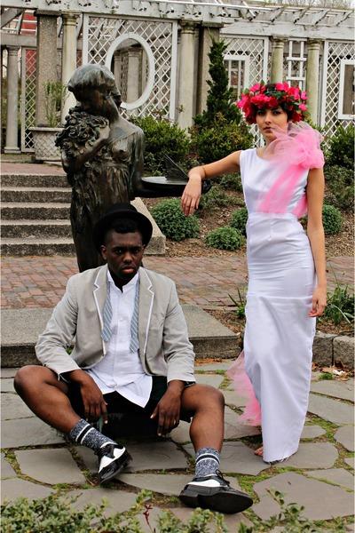 ivory Bchris Couture dress - black top Tuxedo Shop hat