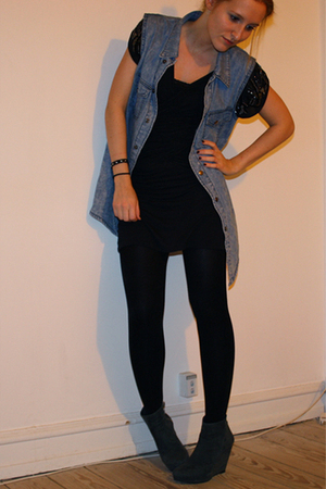 All Saints dress - SilenceNoise vest - Rtzou boots