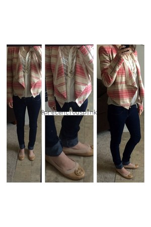 light pink linen striped blazer - neutral shoes - blue skinny jeans H&M jeans