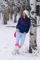 starburst Anzie earrings - metallic Hunter boots - let it snow Boohoo sweater