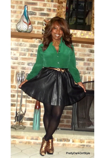 dark brown Discovery boots - black H&M skirt - dark green thrift blouse