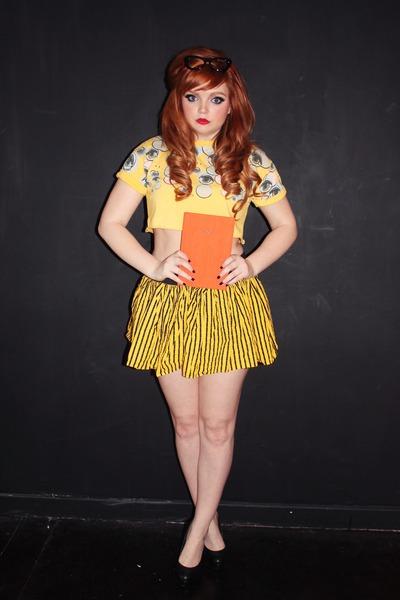 yellow crop top Pretty Disturbia top - yellow striped Pretty Disturbia skirt