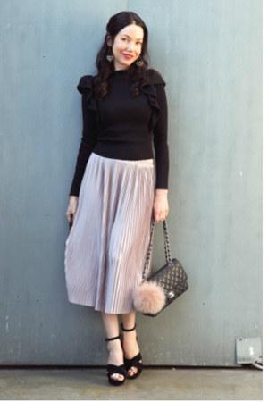 black Chanel bag - black storets sweater - light pink Zara skirt