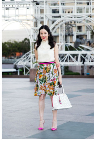 yellow Anthropologie skirt - white nicole lee bag - hot pink kate spade pumps