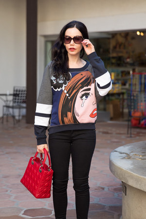 dark brown Tommy Hilfiger sunglasses - black AG jeans - ruby red dior bag