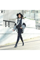 vintage cardigan - Joes Jeans boots - mother jeans - Michael Stars hat