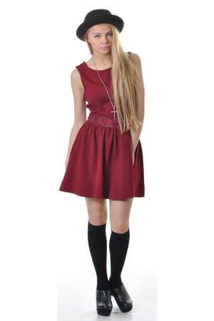 burgundy pretty sunday dress