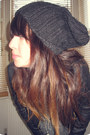 Black-studded-new-look-boots-dark-gray-knitted-market-hat
