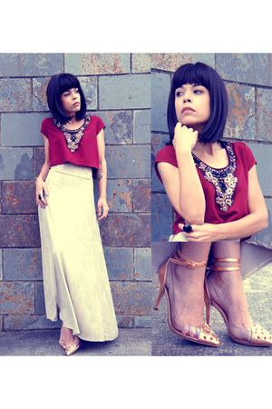 crimson cropped moa top