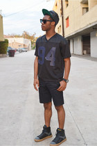 black Undefeated hat - black shorts H&M shorts - black Lookmatic sunglasses